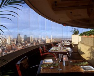 Unique To Kansas City This Extraordinary Restaurant Slowly Revolves And Gives The Diner An Amazing View Of Skyline
